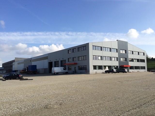 Déménagement de l'entreprise Adam travaux publics dans ses locaux à Bouxwiller en août 2014
